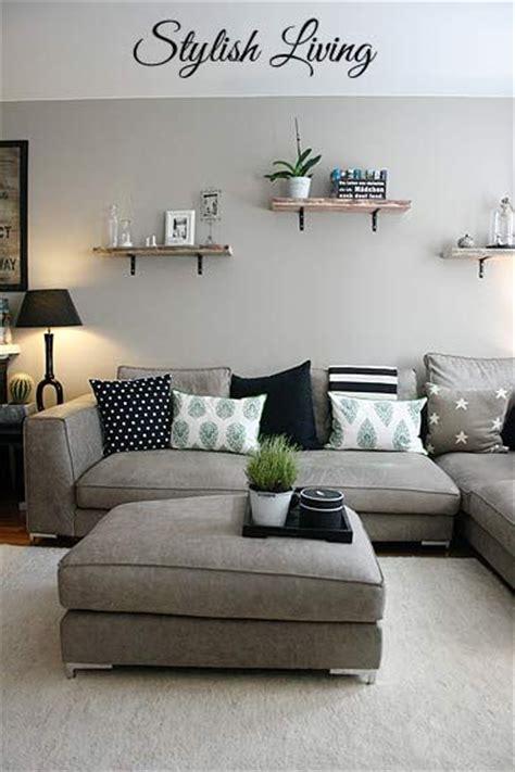 over the couch l die 25 besten ideen zu wohnzimmer mit offener k 252 che auf