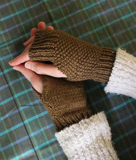 mitten knitting pattern for beginners free knitting pattern fingerless knitted mitts sew diy