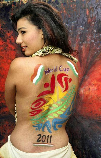 glow in the dark tattoo kolkata funny body painting on women body paint tattoos