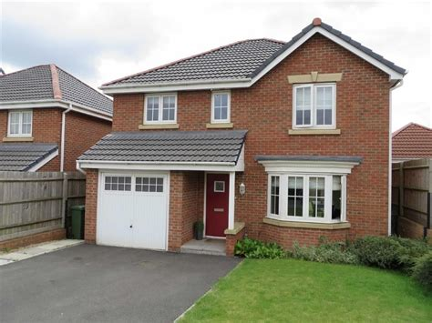4 bedroom detached house for sale in tuffleys way thorpe