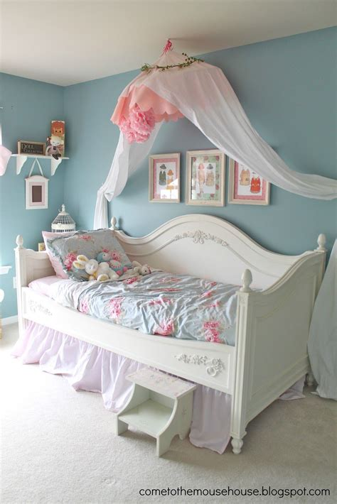 shabby chic girls bedroom welcome to the mouse house shabby chic bedroom reveal