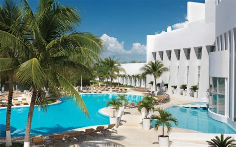 best hotels cancun the best all inclusive resorts in cancun travel leisure