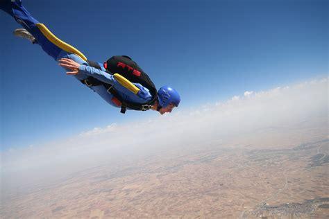 free falling skydiving spot