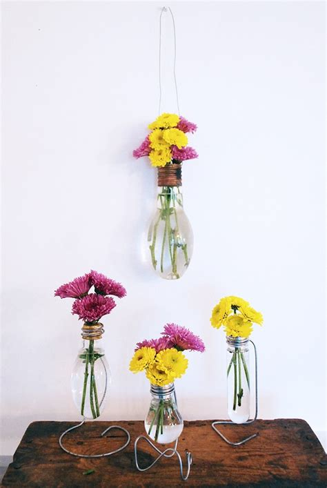 Lightbulb Bud Vase by Light Bulb Flower Vase Decoist