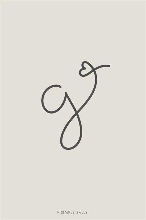 tatuaggi a forma di cuore con lettere pi 249 di 25 fantastiche idee su tatuaggio cuore su