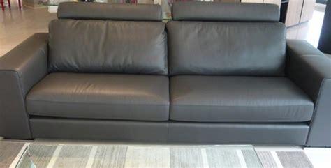 divano letto pelle prezzi divano letto in pelle divani a prezzi scontati