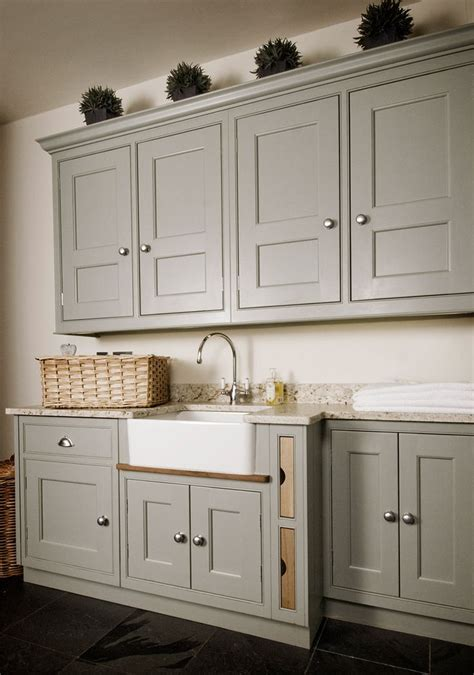 bespoke kitchen cabinets 25 best ideas about bespoke kitchens on pinterest