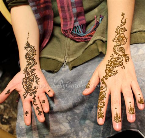 henna tattoo on palm of hand floral henna caroline
