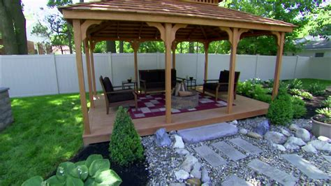 hgtv backyard makeover show decorations backyard crashers hgtv backyards hgtv