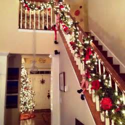 Christmas Banister Decorations Fresh Christmas Decorating Ideas Staircase Railing 11078