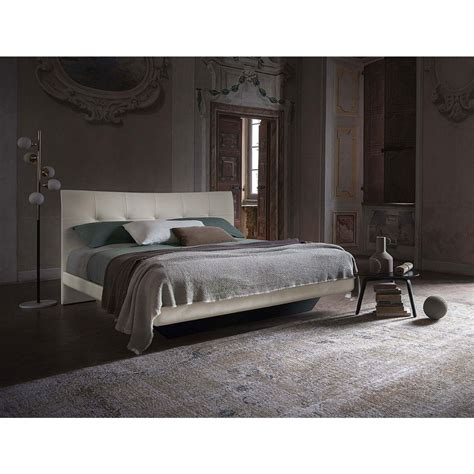letto poltrona frau poltrona frau due bed outlet desout