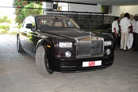 new royce car chiranjeevi new rolls royce car pics rolls royce pantom