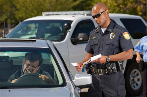 how to get out of a light ticket traffic stop dos and don ts dmv org
