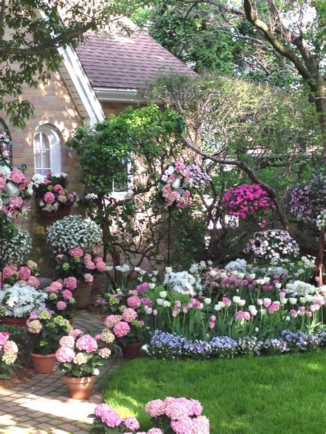 spring garden ideas 25 best ideas about spring garden on pinterest spring