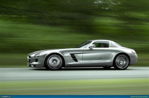 New Gullwing Mercedes by Ausmotive 187 New Gullwing Production Starts