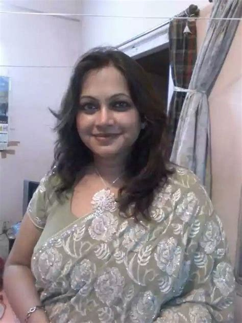 10 best images about sexy desi aunties on pinterest sexy actresses 94 best images about bbw all saree aunty on pinterest