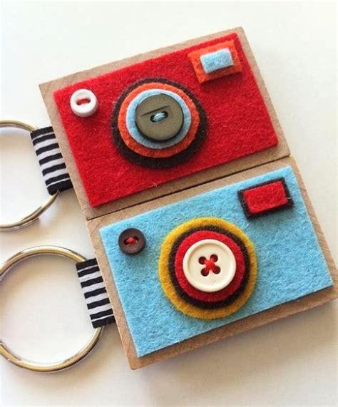 membuat gantungan kunci dari manik2 15 kreasi kain flanel untuk pemula kerajinantangankita com