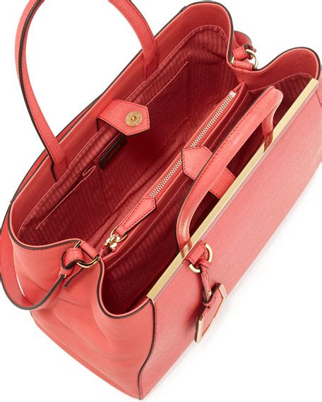 Tas Fendi Totebag fendi 2jours leather tote bag pink
