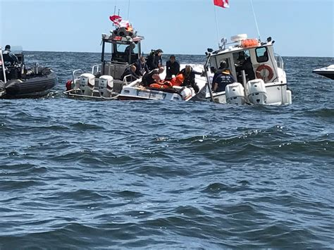 boat crash new jersey 1 dead 2 injured when powerboats crash off jersey shore