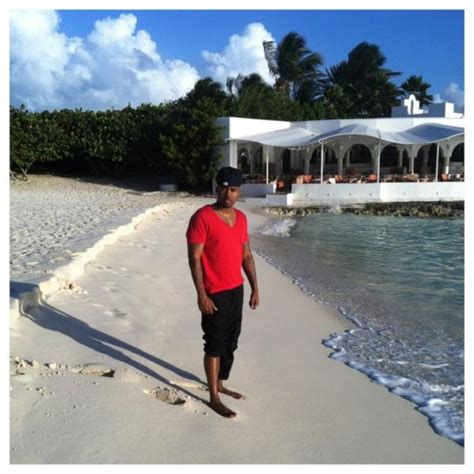 nas house nas says come visit girl in anguilla one shot