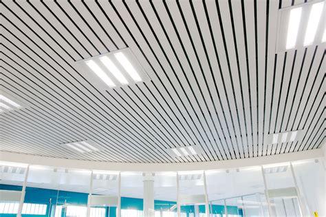 Luxalon Faux Plafond by Le Minimum N 233 Cessaire Dans Le B 226 Timent