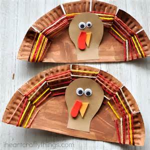 Thanksgiving Crafts With Paper Plates - paper plate yarn weaving turkey craft i crafty things