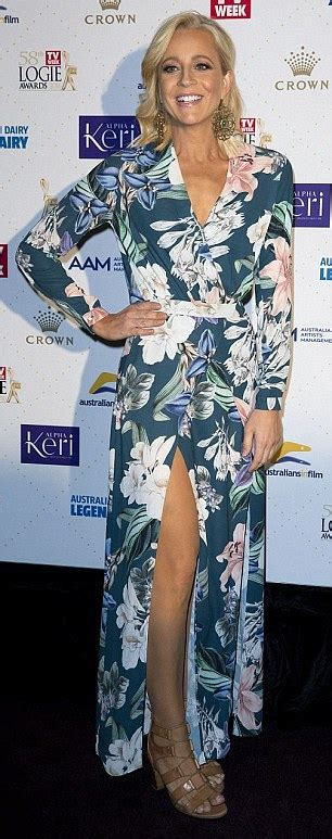 Glamorous Tv Bahus Celebrate 19 Yrs Of Sia Jewellery by Carrie Bickmore Makes A Glamorous Appearance At Survivor
