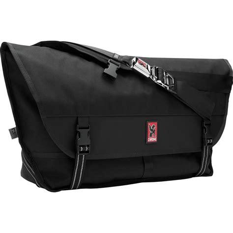 chrome messenger bag chrome metropolis messenger bag 2440cu in backcountry com