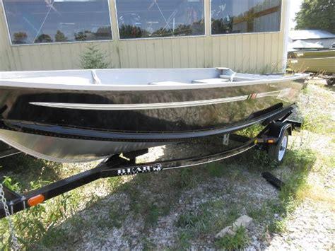 14 alumacraft jon boat for sale alumacraft v14 boats for sale boats