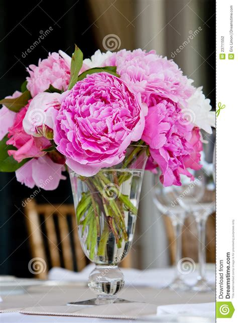 Flower Settings For Weddings by Wedding Flower Arrangement Table Setting Series Stock