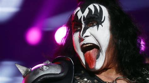 Gene Simmons gene simmons announces 2 000 box set the vault
