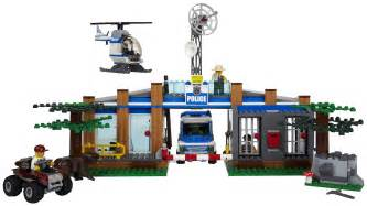 lego forest police station 4440 free shipping