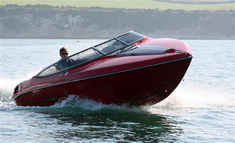 stingray 225 sx wide and stylish weekender boats - Stingray Alloy Boats