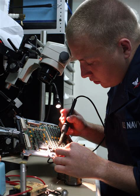 bench technician salary becoming an electronic technician could be your best