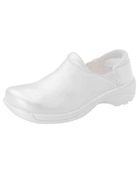 white nursing sneakers 118 best images about nursing shoes white on