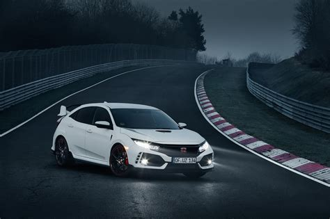 honda civic type r 2017 honda civic type r sets record on the nurburgring w