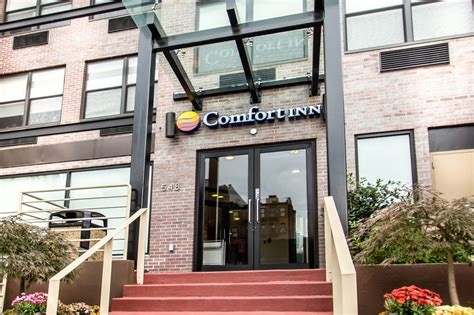 Comfort Inn Suites Nyc by Comfort Inn Midtown West New York City Book Day Rooms