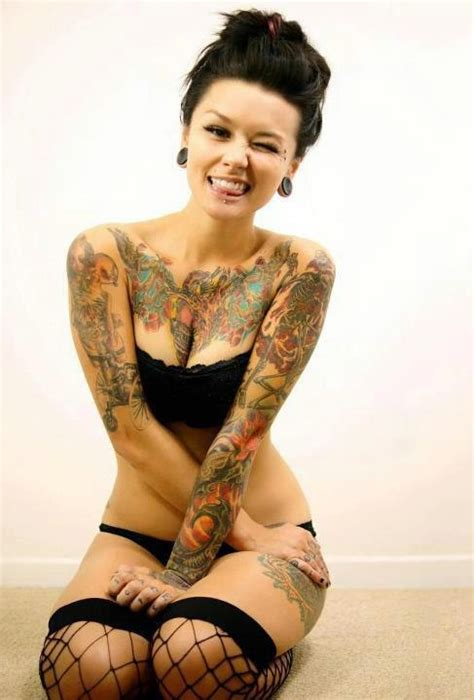 tattoo hot picture hot tattoos for girls boys tattoos pinterest hot