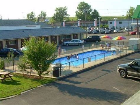 swiss cottage inns niagara falls ny compare deals