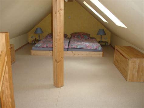 Holzgeländer by Treppe Dachboden Dekor