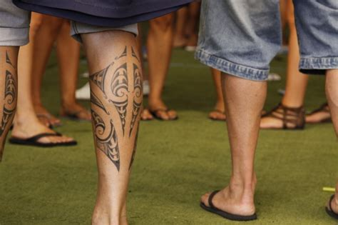 maori leg tattoos for men maori tattoos me now