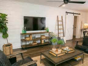 Shiplap Joanna Gaines 5 Reasons To Put Shiplap Walls In Every Room