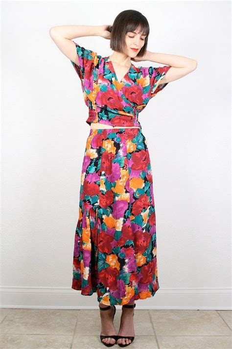 vintage 80s two set matching midi skirt and crop top