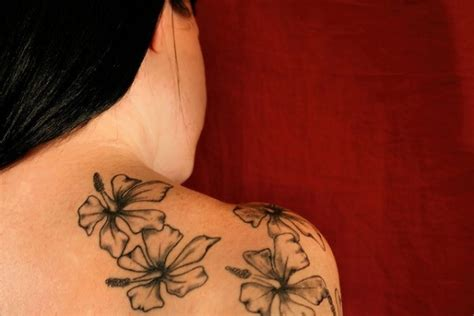 small hawaiian tattoos small floral hawaiian tattoos design ideas on shoulder for