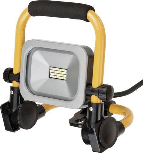 beleuchtung led strahler brennenstuhl baustellen beleuchtung mobiler slim led