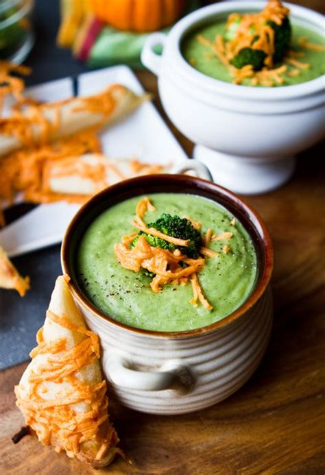 vitamix broccoli cheese soup recipe vitamix broccoli cheddar soup vegan makes 6 7 cups 6