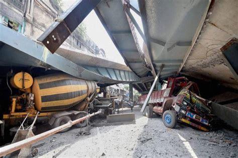 film barat jembatan runtuh satu harapan jalan layang ambruk di india 23 orang meninggal
