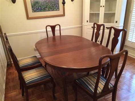dining room table  chairs antique  sale