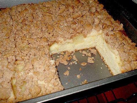 kuchen mit ananas ananas marzipan kuchen mit schokostreuseln rezept mit