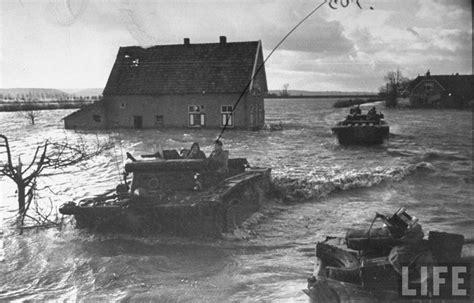 sleepboot walcheren canadian amtraks pick up stranded soldiers on the dutch